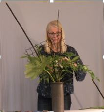 sue-workshop-ikebana
